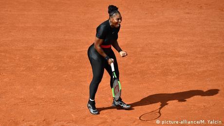 Frankreich, Paris: French Open, Tag 3: Serena Williams (picture-alliance/M. Yalcin)