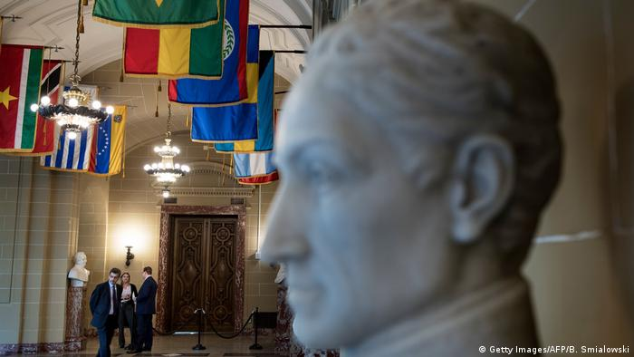 A statue of Bolivar at the OAS (Getty Images/AFP/B. Smialowski)