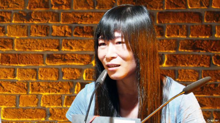 Chinese poet Zheng Xiaoqiong