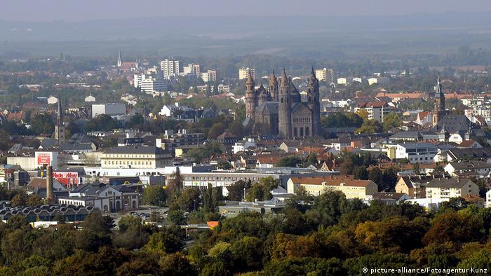Deutschland Luftaufnahme Worms (picture-alliance/Fotoagentur Kunz)