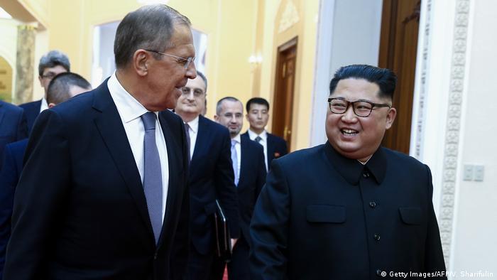 Nordkorea Pjöngjang Sergej Lawrow trifft Kim Jong Un (Getty Images/AFP/V. Sharifulin)