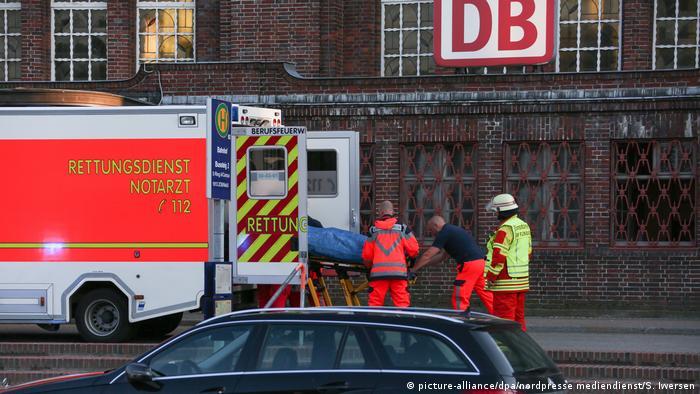Messerangriff in Zug in Flensburg - ein Toter