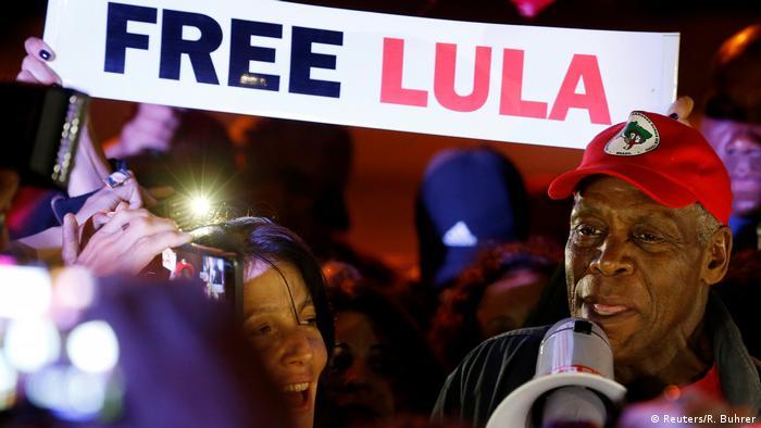 Brasilien | US-Schauspieler Danny Clover setzt sich für die Frailassung von Ex-Präsident Lula ein