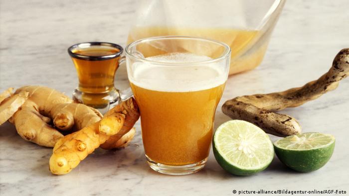 از محلول زردچوبه به عنوان داروی ضدعفونی استفاده می شود.