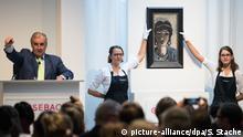 Max Beckmanns Gemälde Die Ägypterin wird versteigert