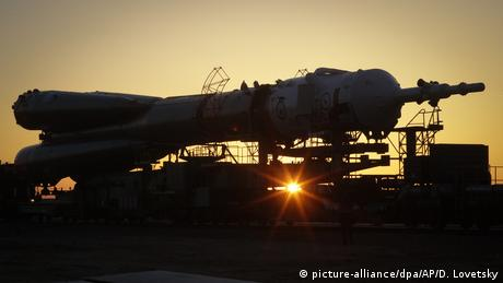 Baikonur: Soyuz rocket (picture-alliance/dpa/AP/D. Lovetsky)
