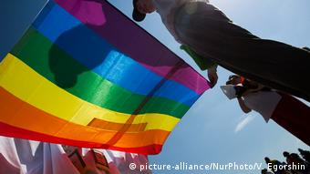 Russland LGBT Marsch in St. Petersburg (picture-alliance/NurPhoto/V. Egorshin)