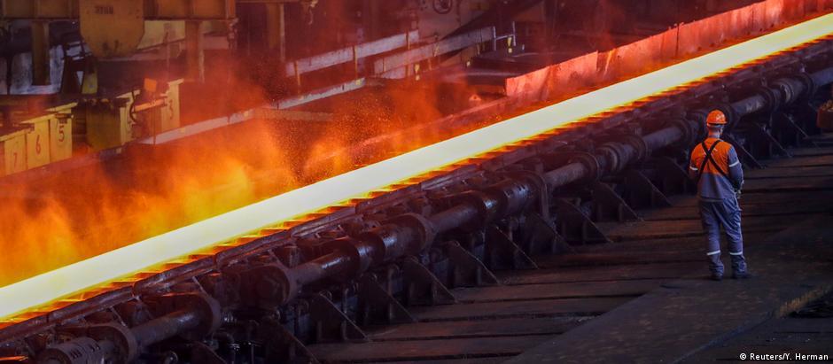 EUA impõem tarifas de 50% sobre o aço e 20% sobre o alumínio da Turquia