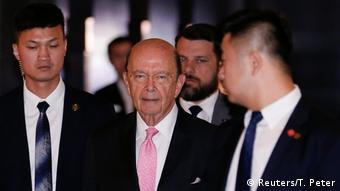USA China US-Handelsminister Wilbur Ross zu Besuch in Peking (Reuters/T. Peter)