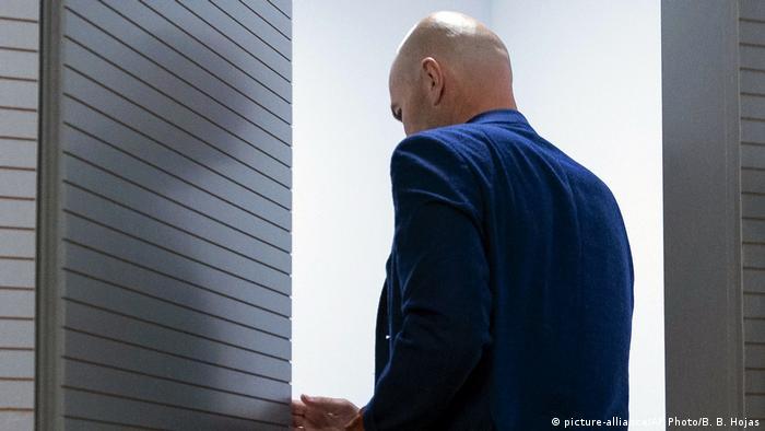 Real Madrid Trainer Zinedine Zidane (picture-alliance/AP Photo/B. B. Hojas)