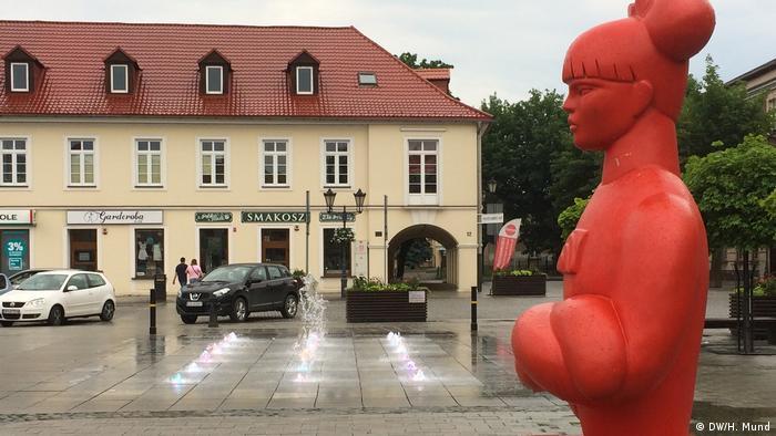 Polen kulptur der Künstlerin Agata Agatowska in Oswiecim