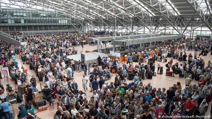 В аэропорту Гамбурга после короткого замыкания, 3 июня 2018 года