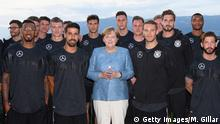 WM 2018 - Trainingslager Deutschland - Merkel