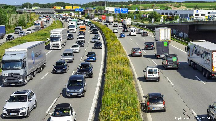Найширші смуги руху в Німеччині - на автобанах - 3,75 метра