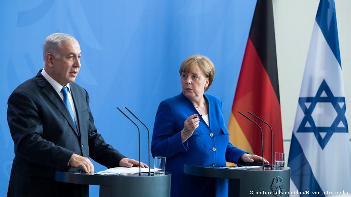 Israels Ministerpräsident Netanjahu bei Kanzlerin Merkel (picture-alliance/dpa/B. von Jutrczenka)