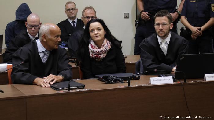 NSU davasının baş sanığı Beate Zschäpe ömür boyu hapis cezasına çarptırılmıştı.
