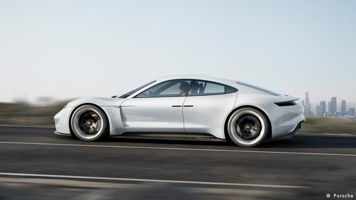 Elektroporsche E Mission ( Porsche)