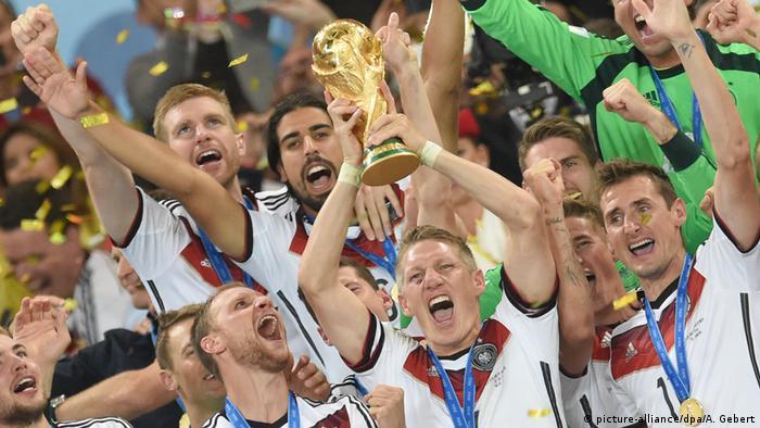 Fußball Weltmeister 2014 Deutschland (picture-alliance/dpa/A. Gebert)