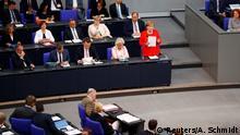 Deutschland Bundestag Regierungsbefragung mit Bundeskanzlerin Angela Merkel