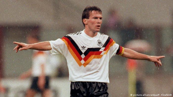 Fußball WM 90 Nationalmannschaft Deutschland Lothar Matthäus (picture-alliance/dpa/F. Kleefeldt)