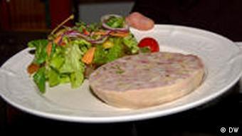 Saumagen auf einem Teller (Foto: DW)