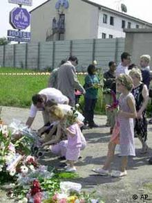Families of the victims of the Concorde crash