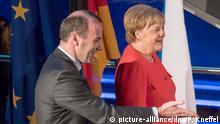 Deutschland, München: Merkel und Weber bei der Klausur der EVP-Fraktion des Europaparlamentes