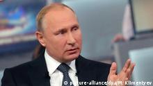 Russlands Präsident Putin bei TV-Show Direkter Draht
