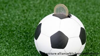 Fußball WM-Kitsch Spardose