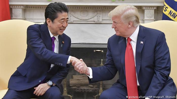 USA Treffen Präsident Trump und Shinzo Abe