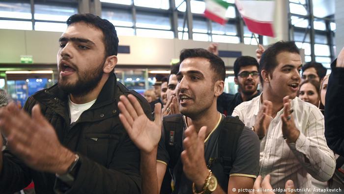 هواداران هم برای استقبال از شاگردان کارلوس کیروش به فرودگاه بینالمللی ونوکووای مسکو رفتند.