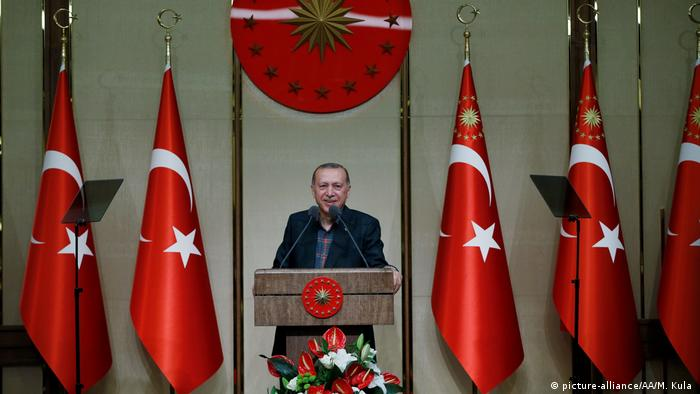 Türkischer Präsident Erdogan (picture-alliance/AA/M. Kula )