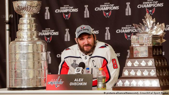 Alex Ovechkin (picture-alliance/Newscom/J. Crouch/Cal Sport Media)
