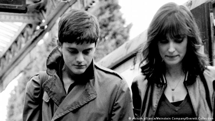 CONTROL, Sam Riley as Ian Curtis, Alexandra Maria Lara