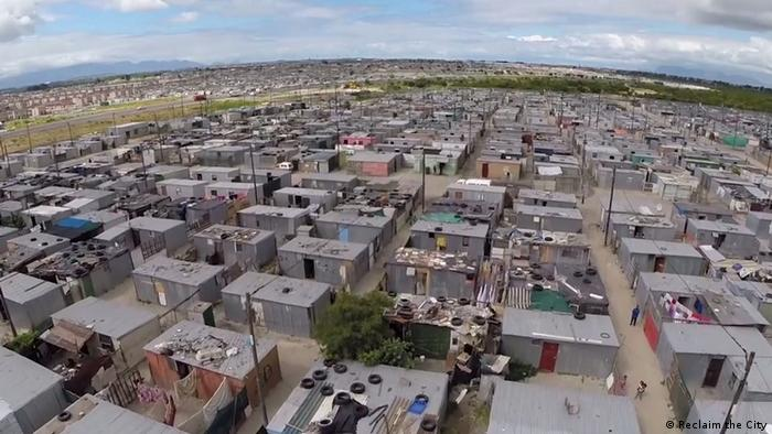 Relocation camp in Cape Town (photo: Reclaim the City)