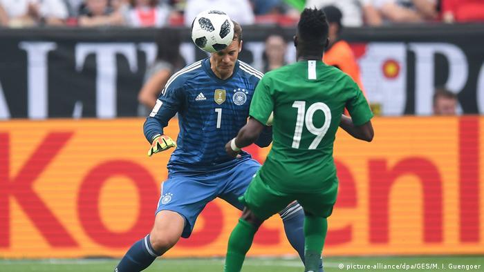 Fußball Länderspiel Deutschland - Saudi-Arabien Neuer und Al-Muwallad