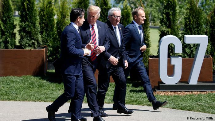 ژوژپه کونته در مقابل پیشنهاد ترامپ مبنی بر بازگشت روسیه به گروه هفت با دید مثبت برخورد کرد. گرچه رهبران اتحادیه اروپا مخالفت خود را با بازگشت روسیه اعلام کردند. در رابطه با جنگ تجاری آمریکا و اتحادیه اروپا، دولت کونته از مواضع اتحادیه فاصله گرفته است.