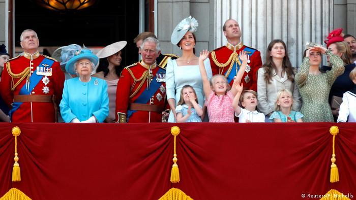 Londres celebra 92 anos da rainha