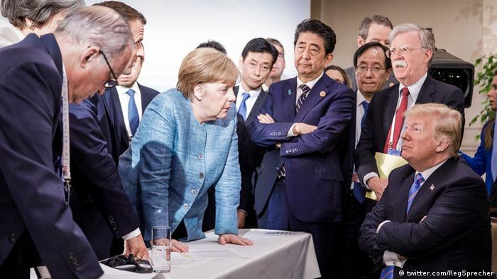 Donald Trump cuts an isolated figure at the G7 meeting in Canada (twitter.com/RegSprecher)