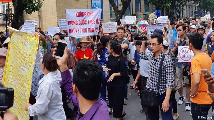 Demonstration gegen Sonderwirtschaftszone in Hanoi, Vietnam (Reuters)