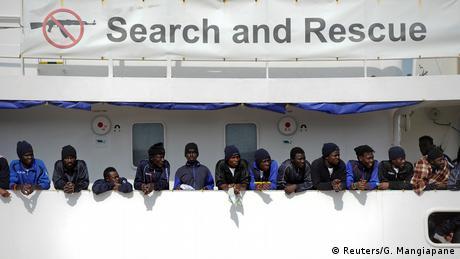 Η Ιταλία θα ακολουθήσει σκληρή γραμμή στο προσφυγικό