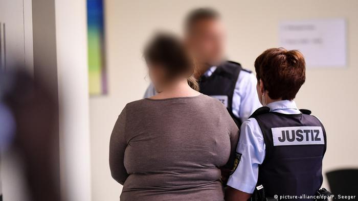 Missbrauchsfall Staufen - Prozess gegen Mutter und Lebensgefährte (picture-alliance/dpa/P. Seeger)