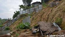 Title: Risky Hill Houses Keywords: Landslide, Hill, Bangladesh, Rainy season Description: During rainy season landslides often happens in Bangladesh. The people lives in hill is on the risk. Copyright: bdnews24.com