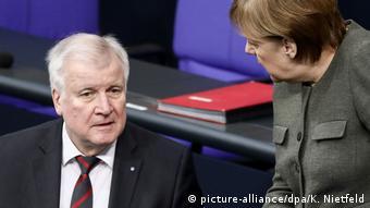 Меркел и Зеехофер