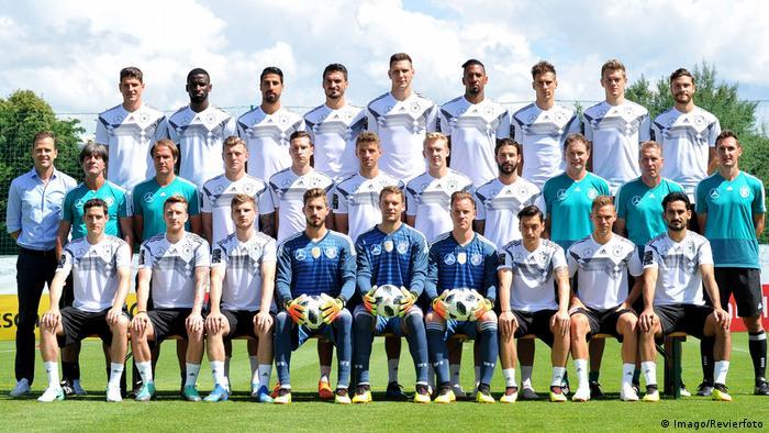 Fußball WM 2018 Mannschaftsfoto DFB Nationalteam Deutsche Nationalmannschaft (Imago/Revierfoto)