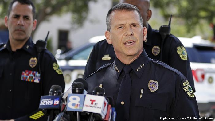 Hombre atrincherado en Florida mata a cuatro niños antes de suicidarse