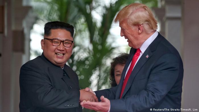 Seit dem Gipfel in Singapur verlieren Kim und Trump kein schlechtes Wort mehr übereinander