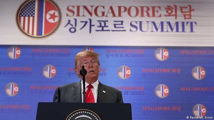 Donald Trump Pressekonferenz Singapur (Reuters/J. Ernst)