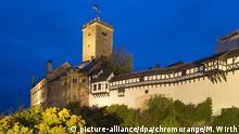 Blick auf die Ostseite der Wartburg im Abendlicht, UNESCO Weltkulturerbe, Eisenach, Thüringen, Deutschland, Europa | Verwendung weltweit
