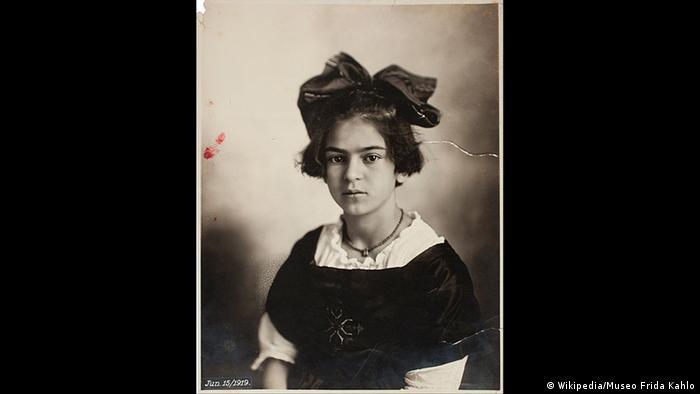 Fotografie Frida Kahlo von Guillermo Kahlo (Wikipedia/Museo Frida Kahlo)